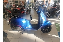 GTS 300 HPE SUPERSPORT SCOOTER 300 AUTO PETROL