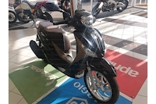 MEDLEY  125 SCOOTER 125 AUTO PETROL