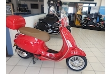 PRIMAVERA RED SCOOTER 125 AUTO PETROL