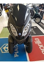 Mp3 300 Hpe  Passenger Tricycle 0.3  Petrol