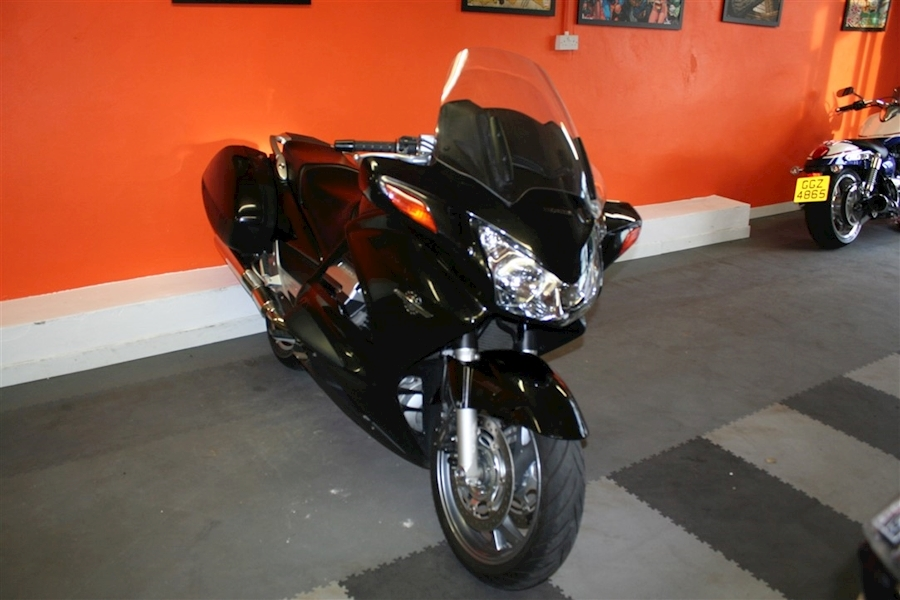 Honda ST1300 PAN EUROPEAN - Large 8
