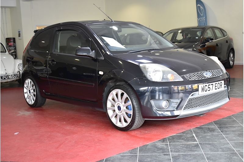 Ford Fiesta 2.0 St 16V - Large 0