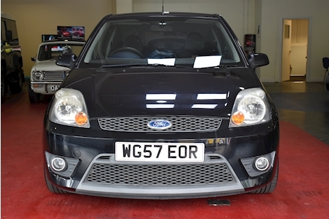 Fiesta St 16V Hatchback 2.0 Manual Petrol