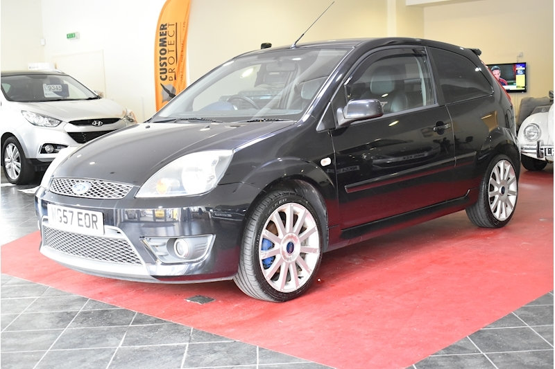 Ford Fiesta 2.0 St 16V - Large 3
