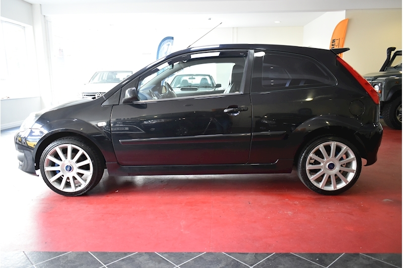 Ford Fiesta 2.0 St 16V - Large 4