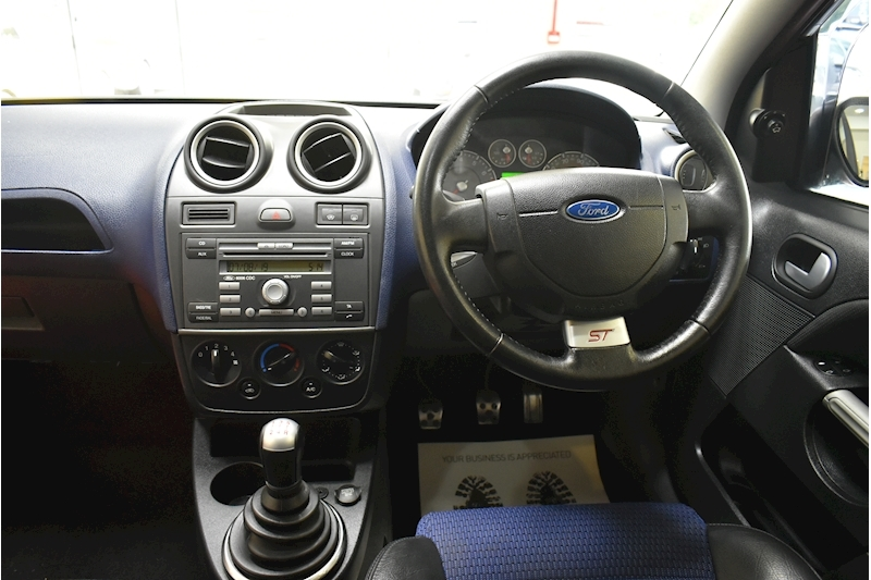 Ford Fiesta 2.0 St 16V - Large 18