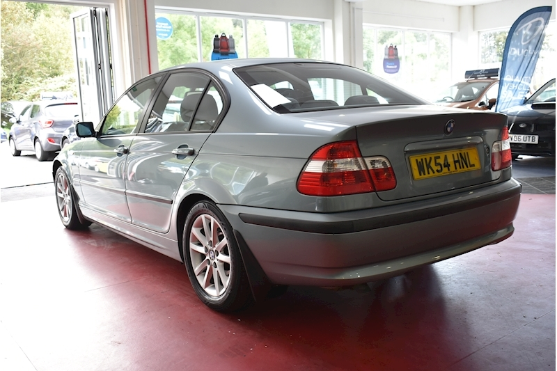 Bmw 3 Series 2.0 318D Es - Large 4