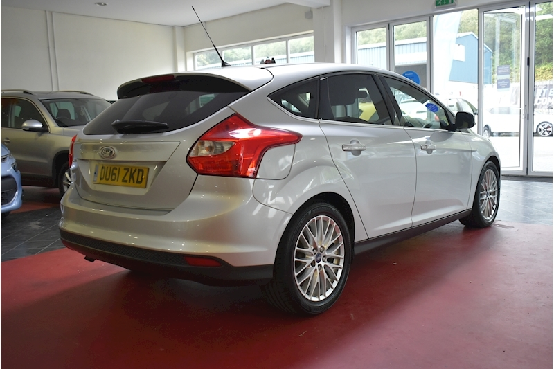 Ford Focus 1.6 Zetec Tdci - Large 7