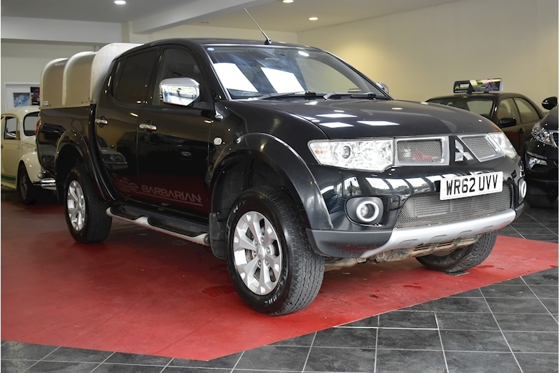 L200 Di-D 4X4 Barbarian Lb Dcb Pick-Up 2.5 Manual Diesel