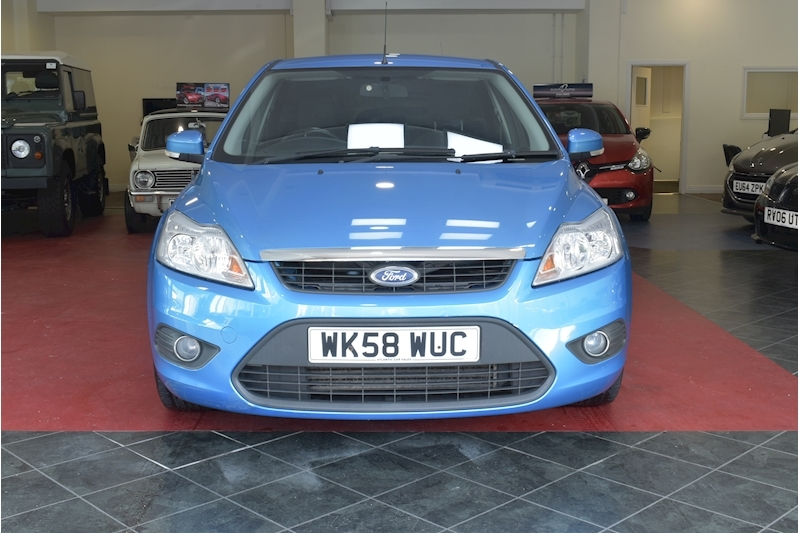 Ford Focus 1.8 Style - Large 2