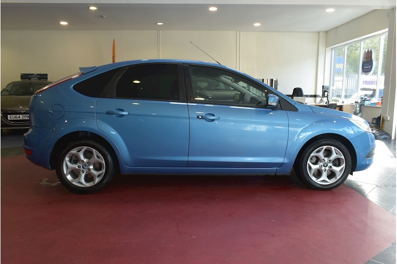 Ford Focus 1.8 Style - Large 6