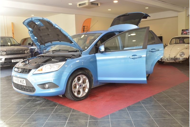 Ford Focus 1.8 Style - Large 45