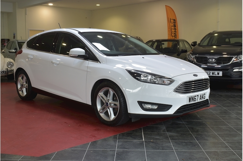 Focus Zetec Edition Tdci Hatchback 1.5 Manual Diesel