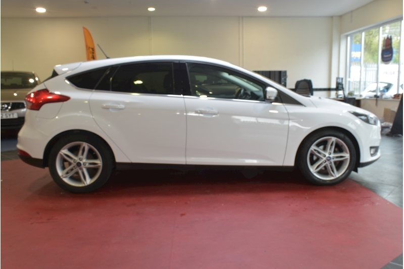 Ford Focus 1.5 Zetec Edition Tdci - Large 7