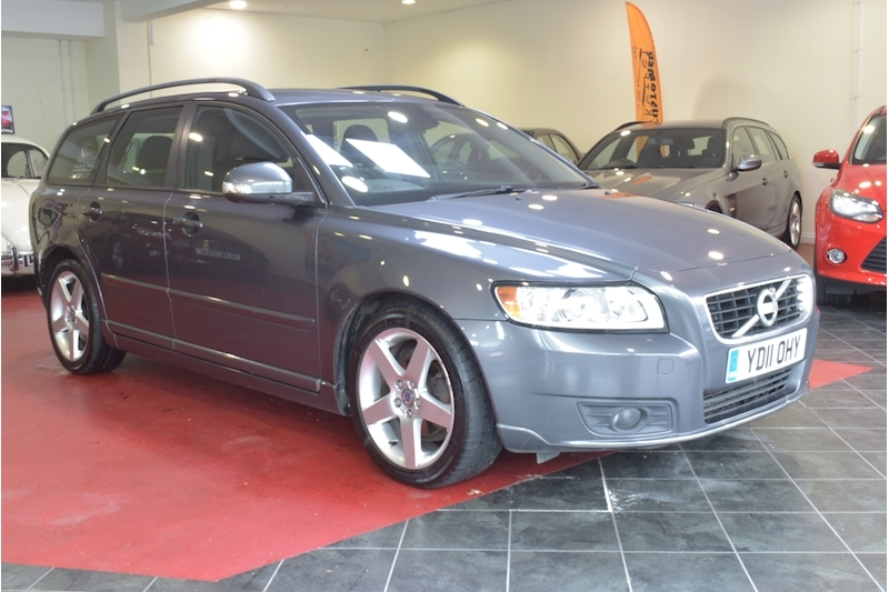 V50 D2 Se Estate 1.6 Manual Diesel