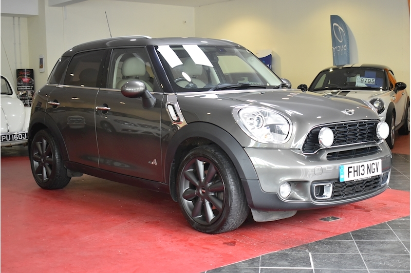 Mini Mini Countryman 2.0 Cooper Sd All4 - Video