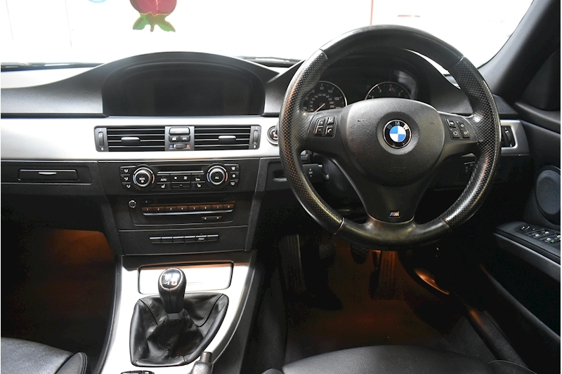 BMW 3 Series 2.0 320I M Sport Business Edition Touring - Large 18
