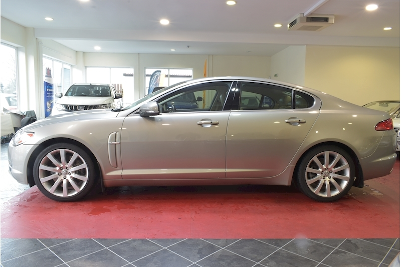 Jaguar Xf 3.0 V6 Premium Luxury - Large 4