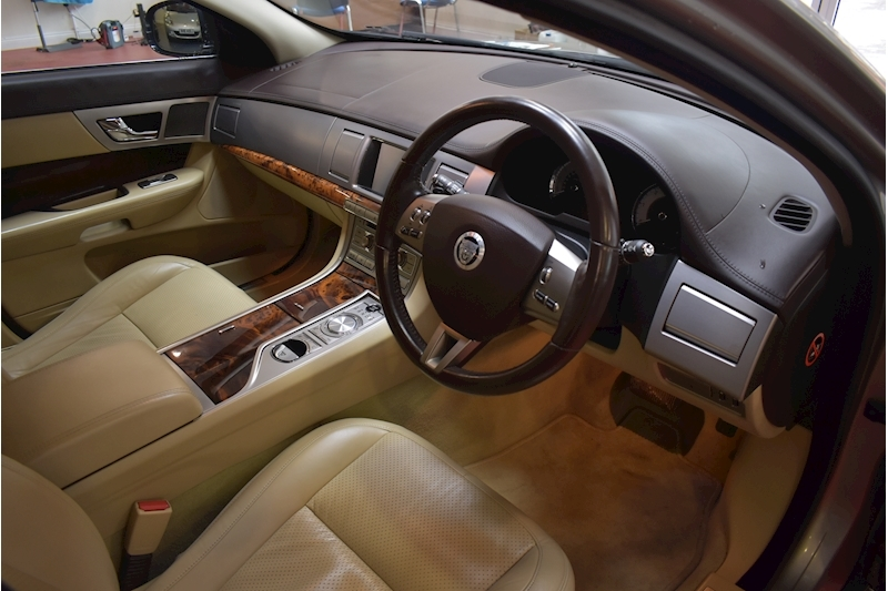 Jaguar Xf 3.0 V6 Premium Luxury - Large 8