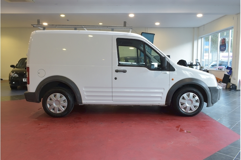 Ford Transit Connect 1.8 Tdci T200 Swb P/V 75 - Large 7
