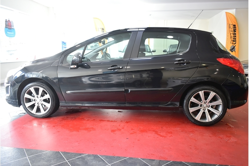 Peugeot 308 1.6 E-Hdi Active - Large 4