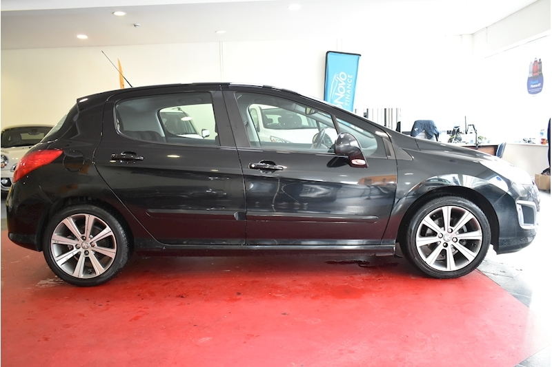 Peugeot 308 1.6 E-Hdi Active - Large 8