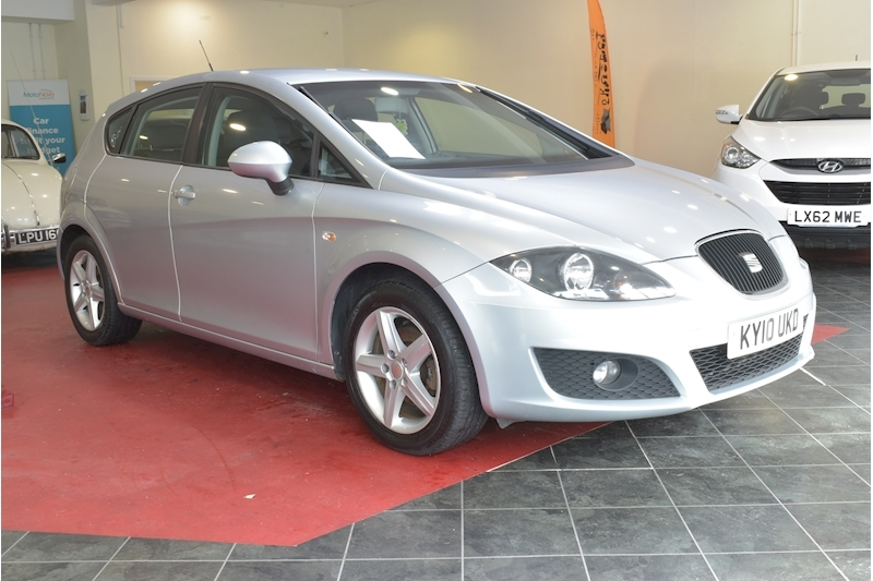 Leon S Emocion Hatchback 1.6 Manual Petrol