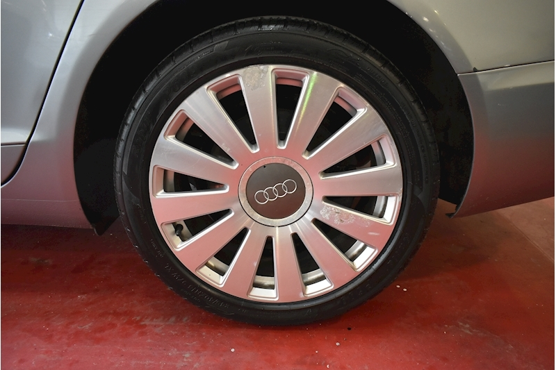 Audi A6 2.0 Tdi Limited Edition - Large 29