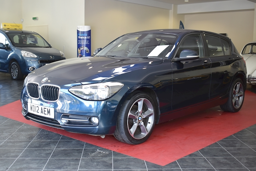 Bmw 1 Series 2.0 118D Sport - Large 2