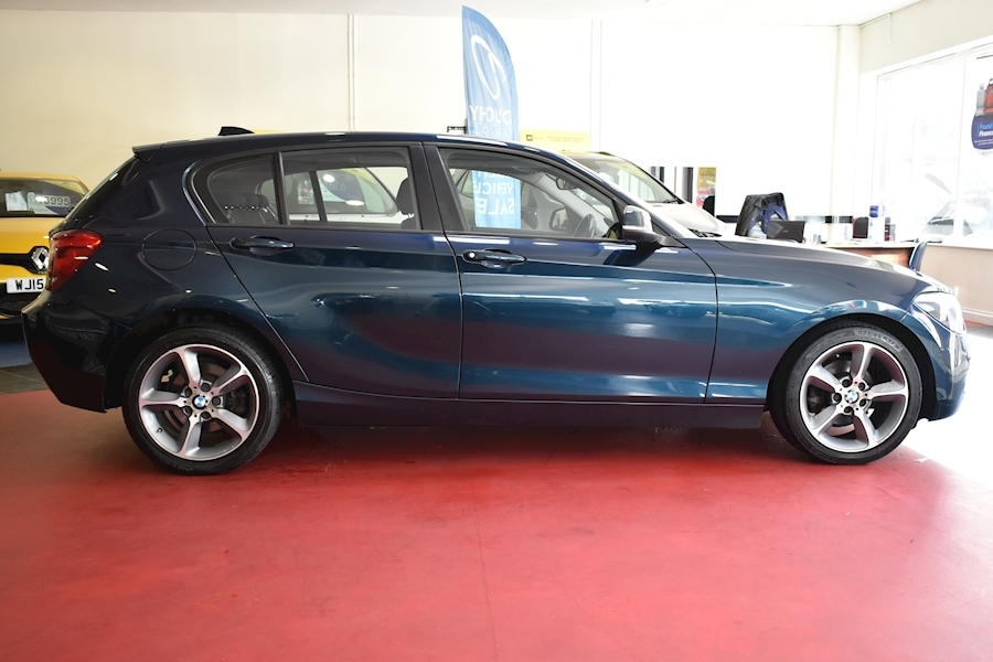 Bmw 1 Series 2.0 118D Sport - Large 9