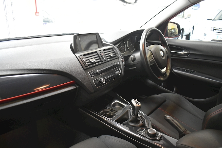Bmw 1 Series 2.0 118D Sport - Large 20