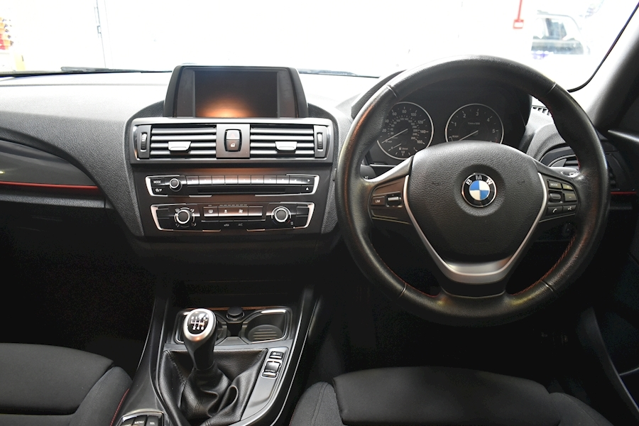 Bmw 1 Series 2.0 118D Sport - Large 24