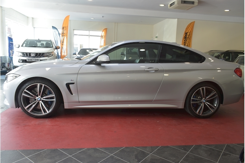 BMW 4 Series 3.0 430D M Sport - Large 4