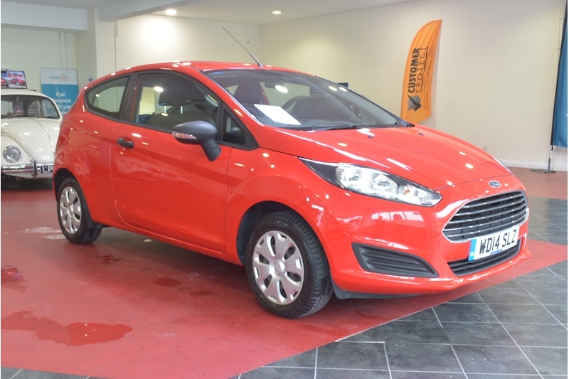 Ford Fiesta Studio