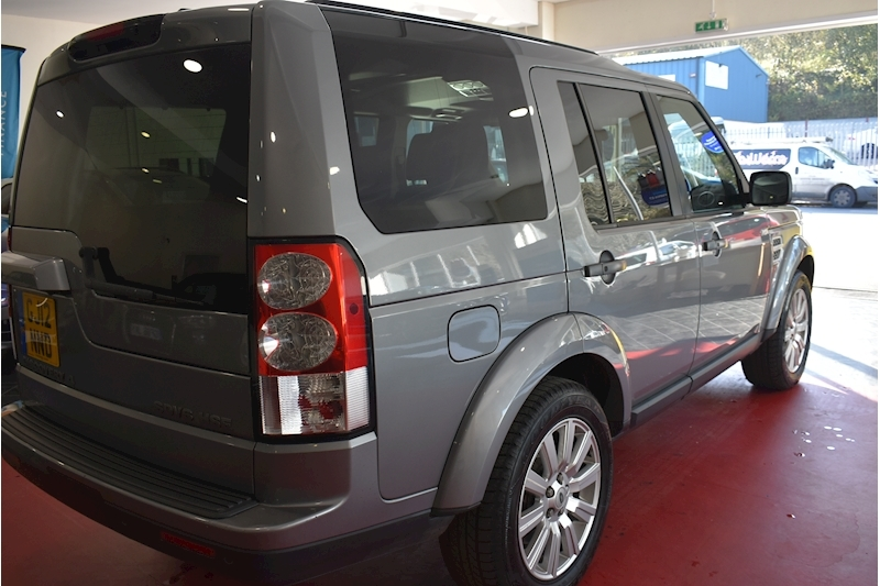 Land Rover Discovery 4 3.0 HSE - Large 30