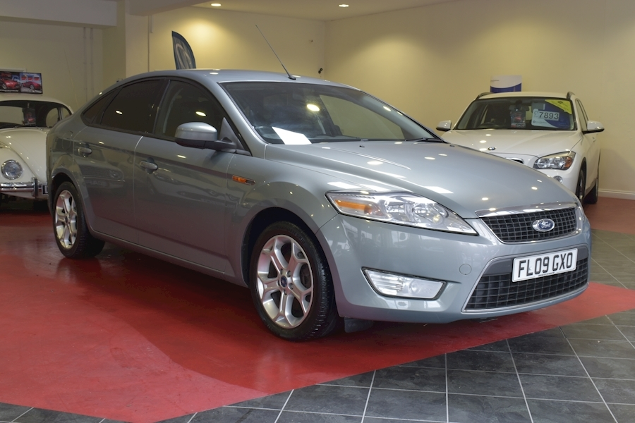 Ford Mondeo 2.0 Zetec Tdci 140 - Video
