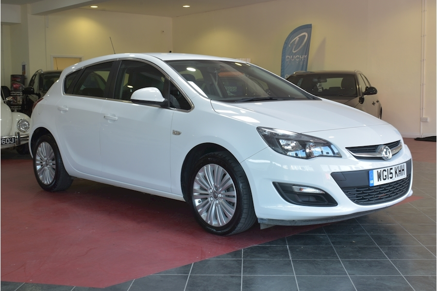 Vauxhall Astra 1.6 Excite - Large 0