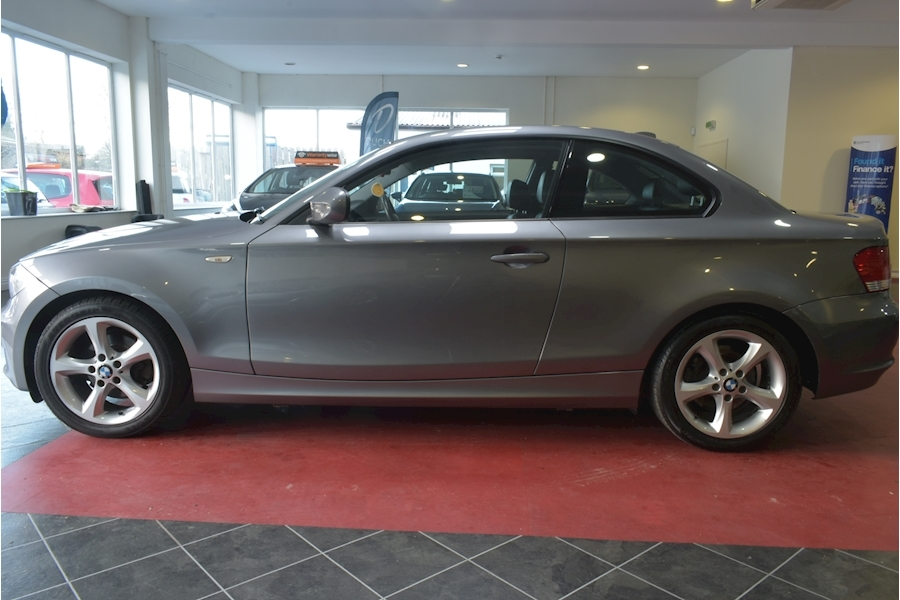 Bmw 1 Series 2.0 118D Sport - Large 3