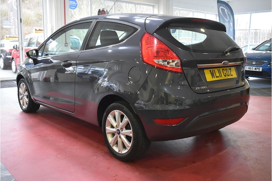 Ford Fiesta 1.2 Zetec - Large 4
