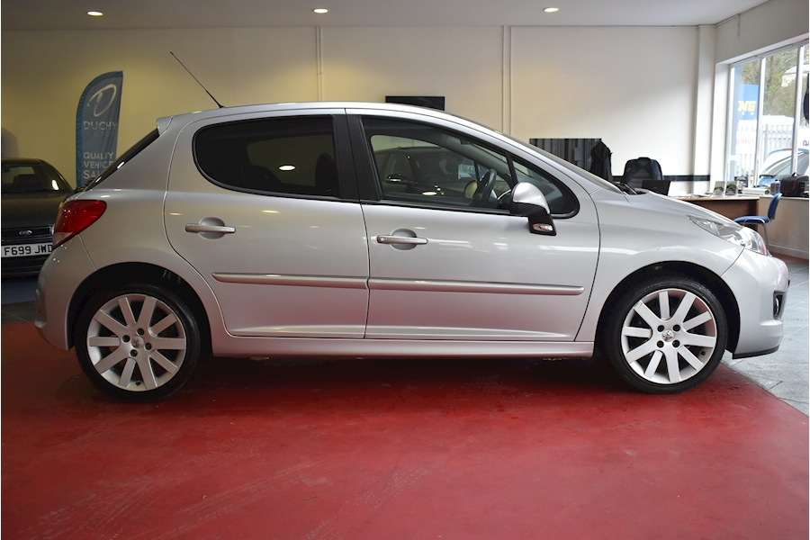 Peugeot 207 1.6 Hdi Allure - Large 7
