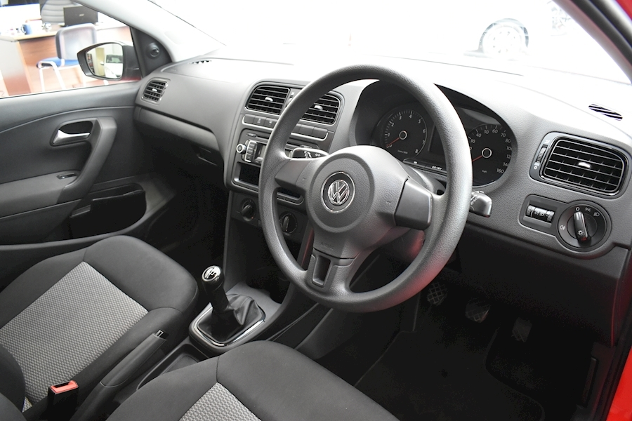 Volkswagen Polo 1.2 S - Large 11