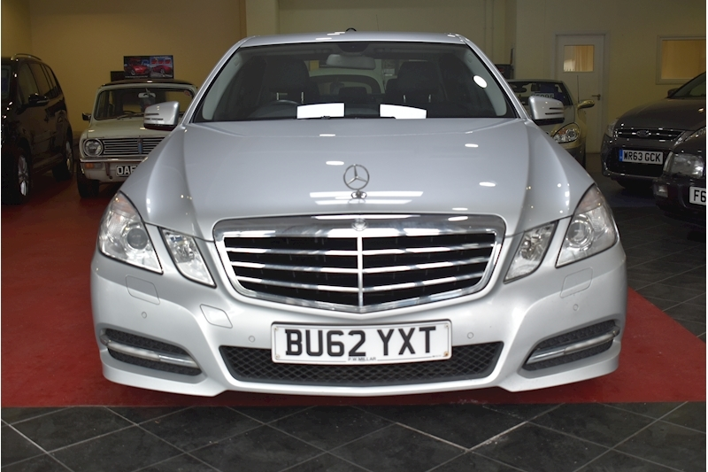 Mercedes-Benz E Class 2.1 E220 Cdi Blueefficiency Executive Se - Large 1