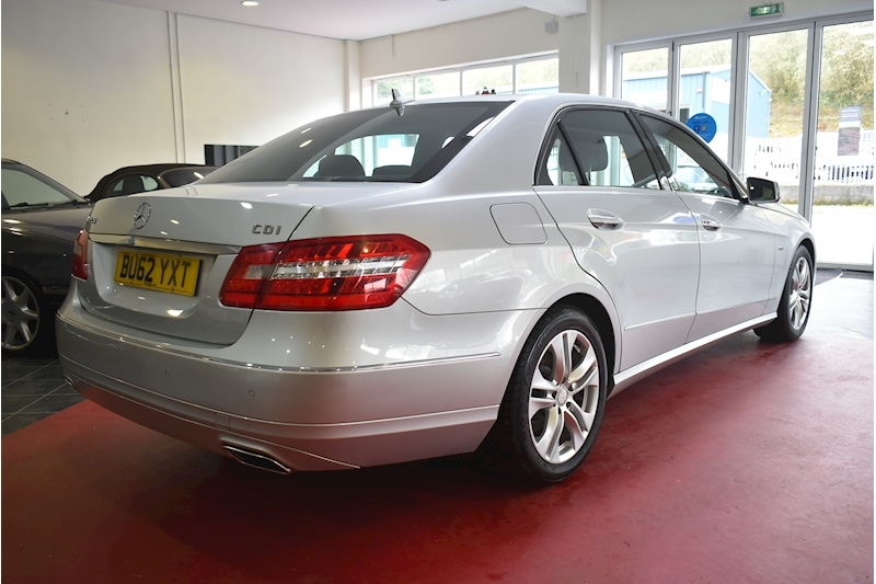 Mercedes-Benz E Class 2.1 E220 Cdi Blueefficiency Executive Se - Large 6