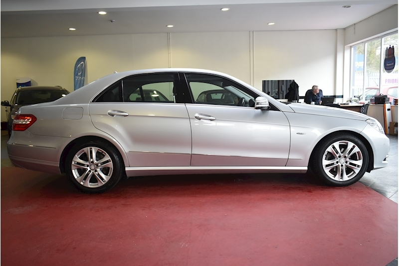 Mercedes-Benz E Class 2.1 E220 Cdi Blueefficiency Executive Se - Large 7