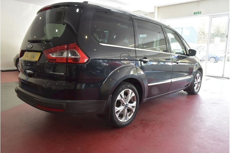 Ford Galaxy 2.0 Titanium Tdci - Large 4