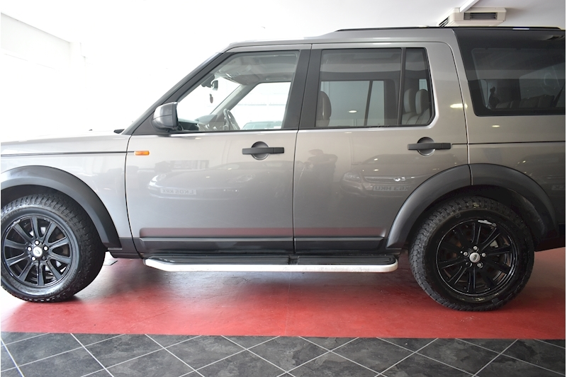 Land Rover Discovery 2.7 Tdv6 Hse E4 - Large 3