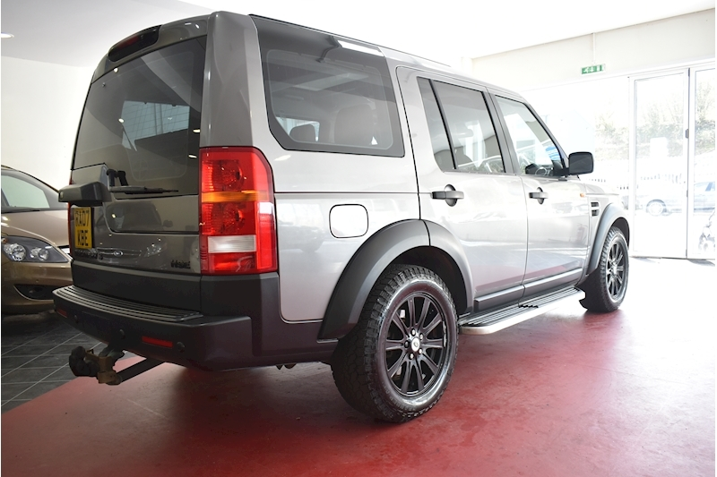Land Rover Discovery 2.7 Tdv6 Hse E4 - Large 6