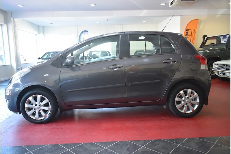 Toyota Yaris 1.3 Vvt-I T Spirit Mm - Large 3