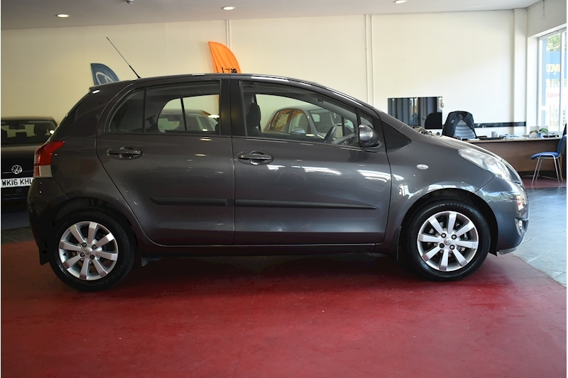Toyota Yaris 1.3 Vvt-I T Spirit Mm - Large 7