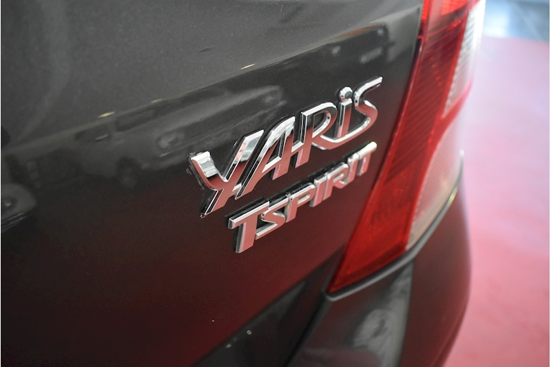 Toyota Yaris 1.3 Vvt-I T Spirit Mm - Large 11